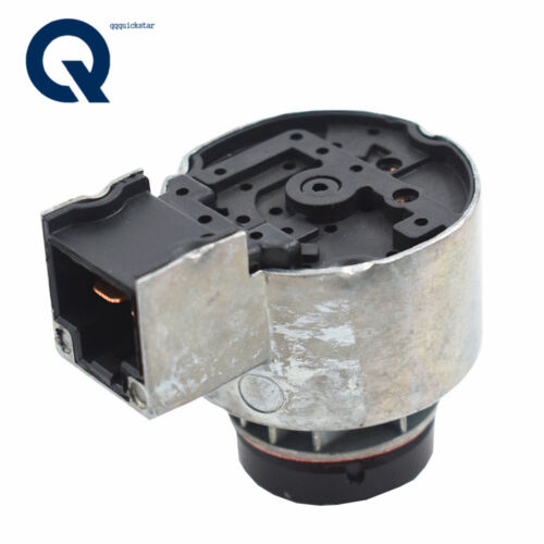 6C040-55452 Ignition Switch With 2Keys For Kubota B2100 B7500 B2400 B1700 B7510