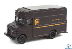 HO-1-87-Walthers-SceneMaster-UPS-P-600-Package-Delivery-Van-Modern-Shield-Logo