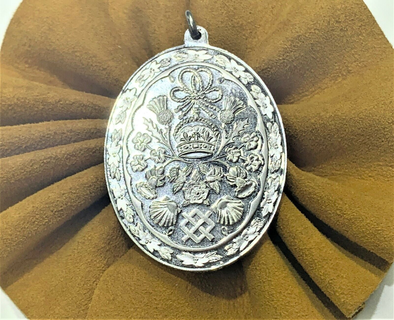 The Royal Wedding Sterling Silver Pendant Of Prin… - image 2