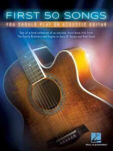 Primeros 50 canciones debe jugar en guitarra acústica, libro en rústica por Hal Leonard P...