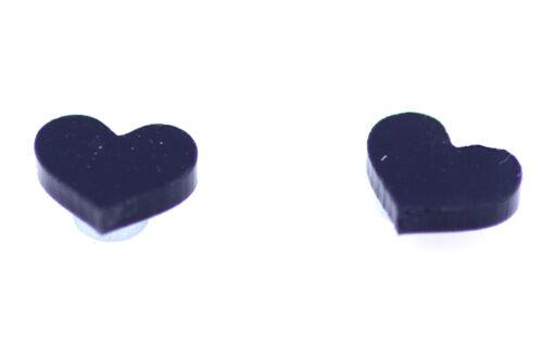 Black heart magnet stud earrings