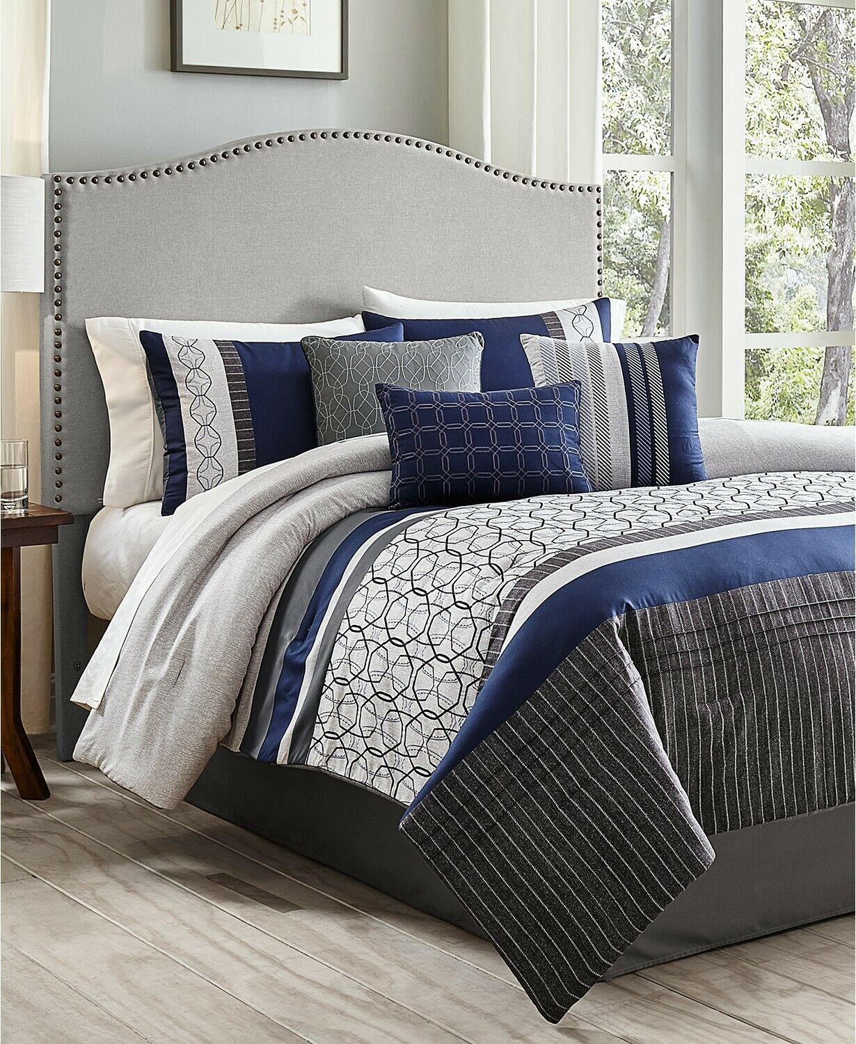 Hallmart Collectibles 7 Piece Queen Comforter Set Wrener E92213