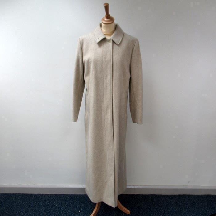 Designer Bruuns Bazaar Ladies Full Length Cream Coat -  100% Virgin Wool Size 42