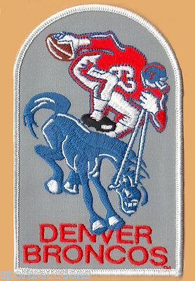 DENVER BRONCOS ~ Willabee & Ward NFL GOLDEN AGE FOOTBALL PATCH & INFO STAT CARD