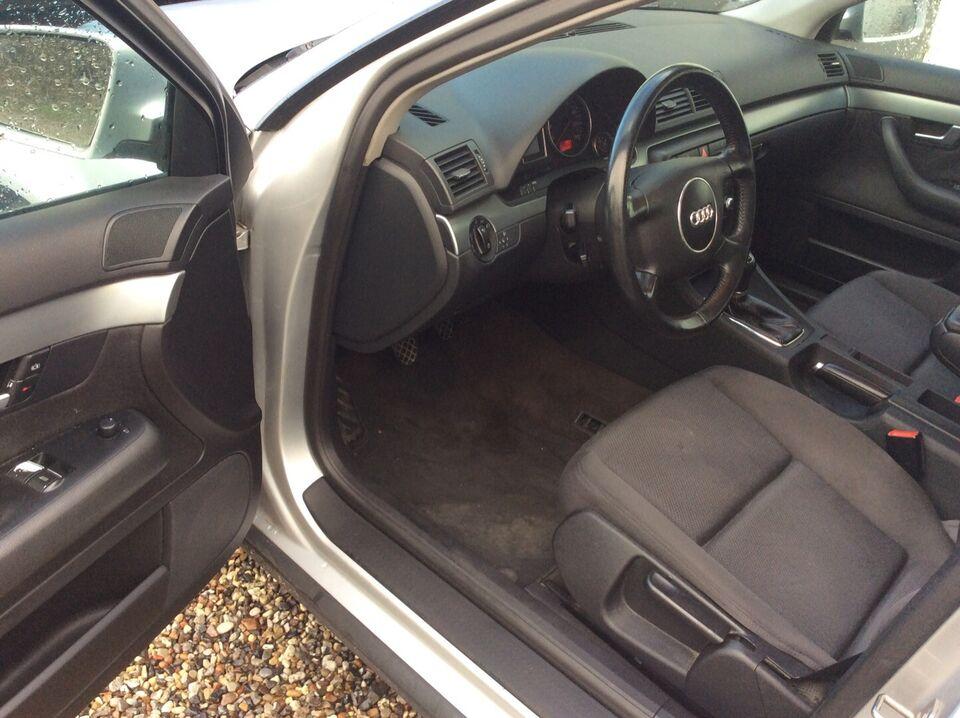 Audi A4 1,8 T Benzin modelår 2001 km 269000 træk nysynet ABS