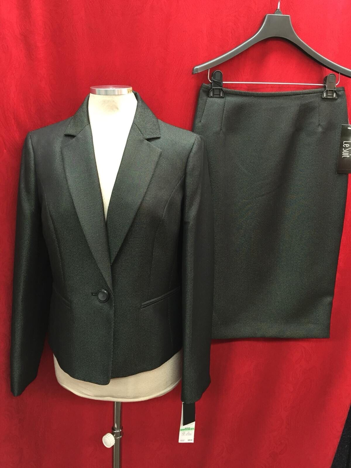 LESUIT SKIRT SUIT SIZE 14W SKIRT LENGTH 25' LINED RETAIL NEW WITH TAG