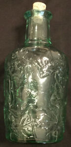 Vintage-Libbey-of-Canada-Green-Glass-Leaf-Embossed-Bottle-Decanter-W-Cork-7-75