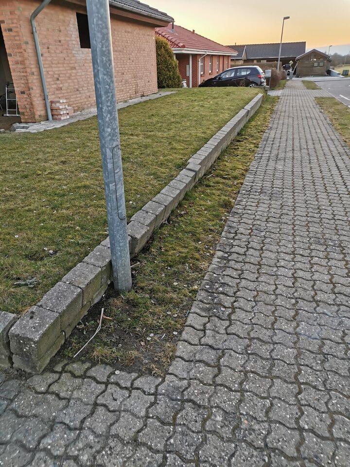 Kantsten, b: 13 l: 20, 30 meter ++