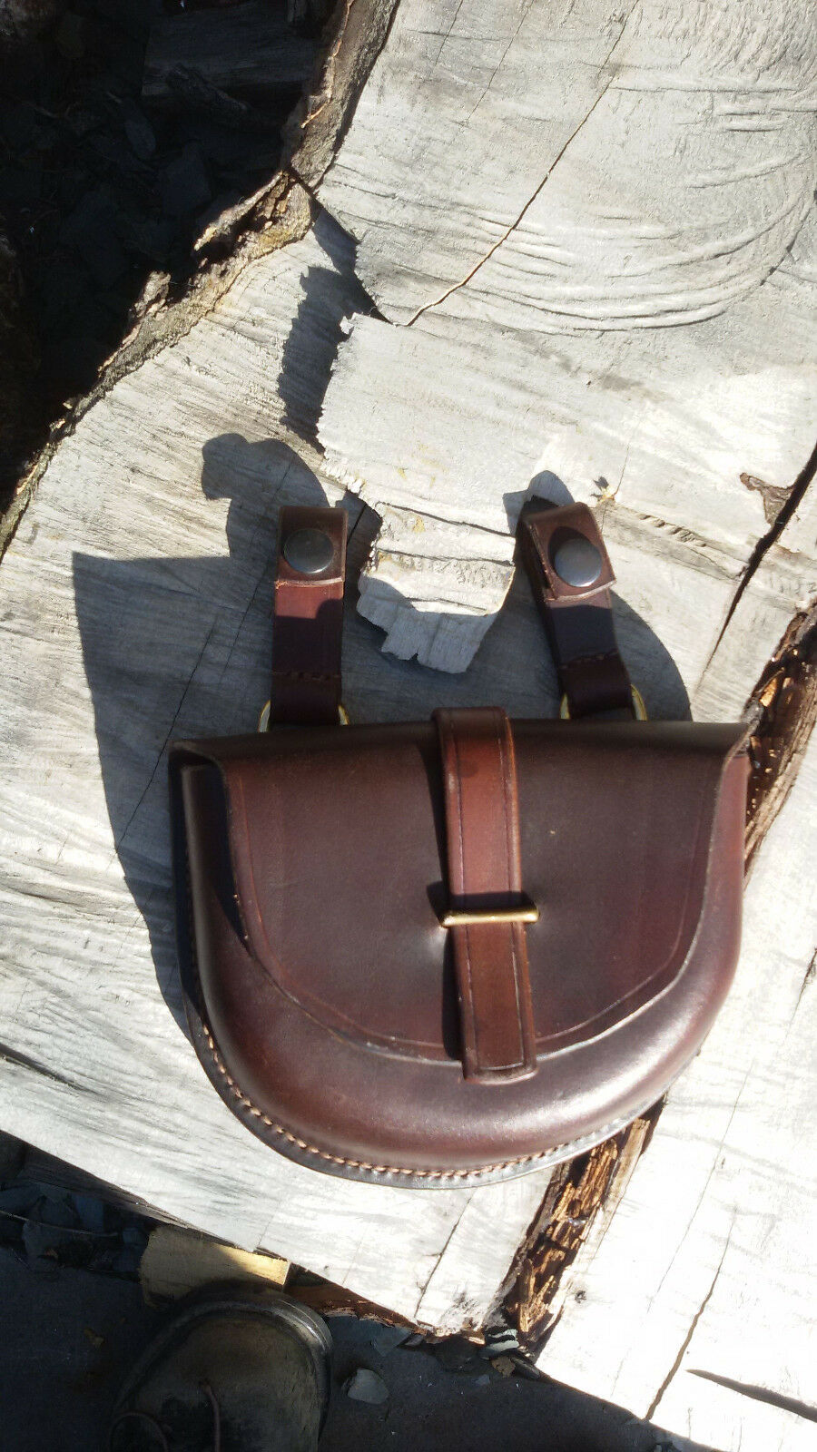 Bushcraft handmade moulded leather belt   possibles pouch