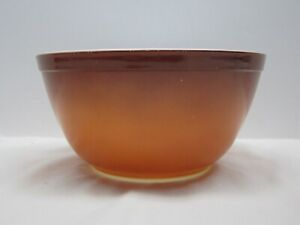 Vintage Pyrex Old Orchard Nesting Mixing Bowl Brown 2-tone 1.5 Qt