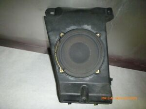 ACDelco 20838489 GM Original Equipment Radio Speaker Amplifier Assembly with Bracket