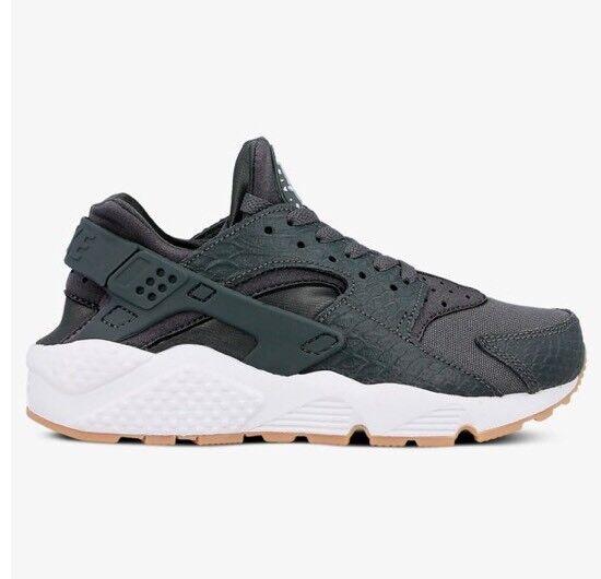 Nike corre air presto ridotta uk7.5/eu42/us10 autentica donna corre Nike / formatori occasionali 5f3a37