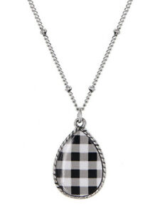 Dainty-Black-amp-White-Buffalo-Check-Pendant-Necklace-Teardrop-Silver-Tone-Fashion