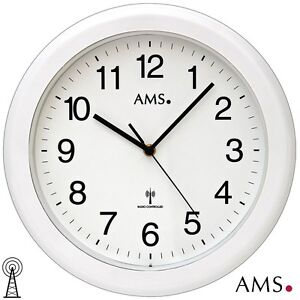 ams 44 horloge murale pour salle de bain radio pilot. Black Bedroom Furniture Sets. Home Design Ideas
