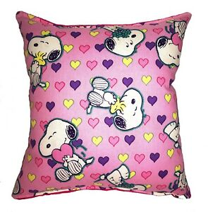 Snoopy-Pillow-Valentines-Day-2019-Pillow-Heart-Kiss-Love-Snoopy