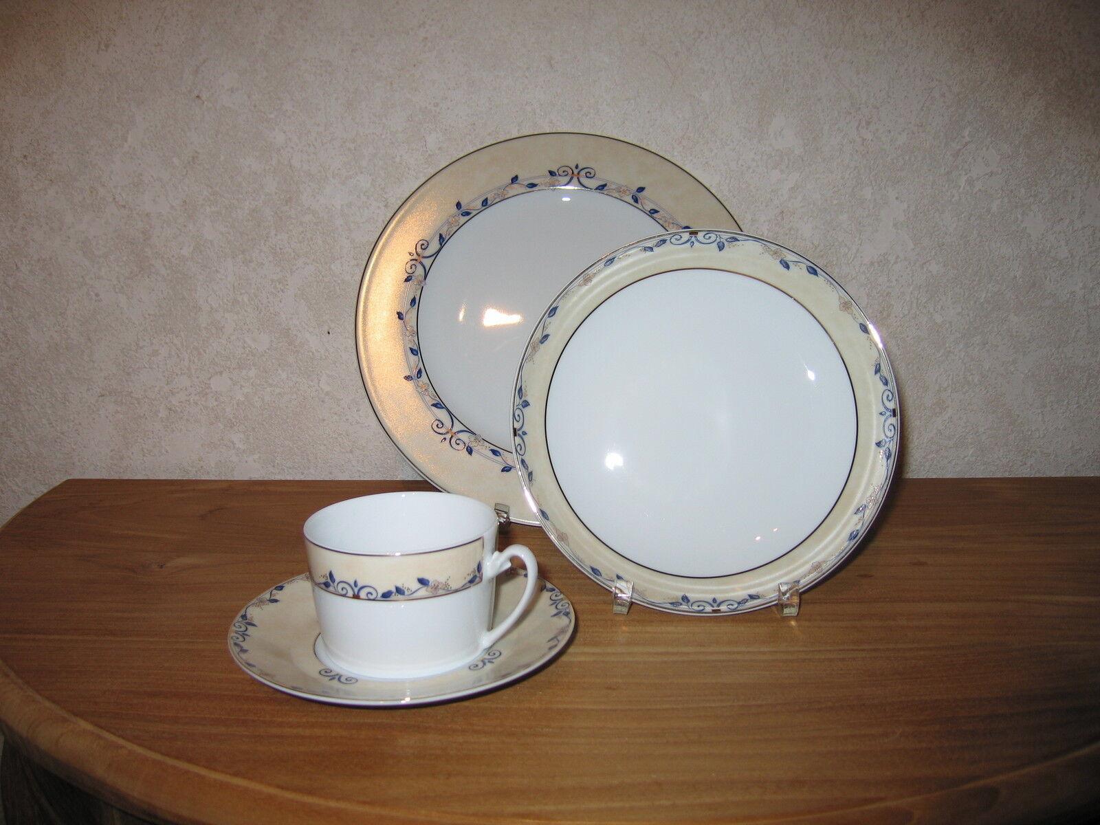 GUY DEGRENNE nouveau Jardin d'Antan Bleu Set 2 Assiettes + Tasse à thé