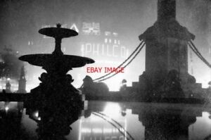 PHOTO-1937-TRAFALGAR-SQUARE-BY-NIGHT-THIS-1937-PHOTO-CONVEYS-THE-ATMOSPHERE-OF