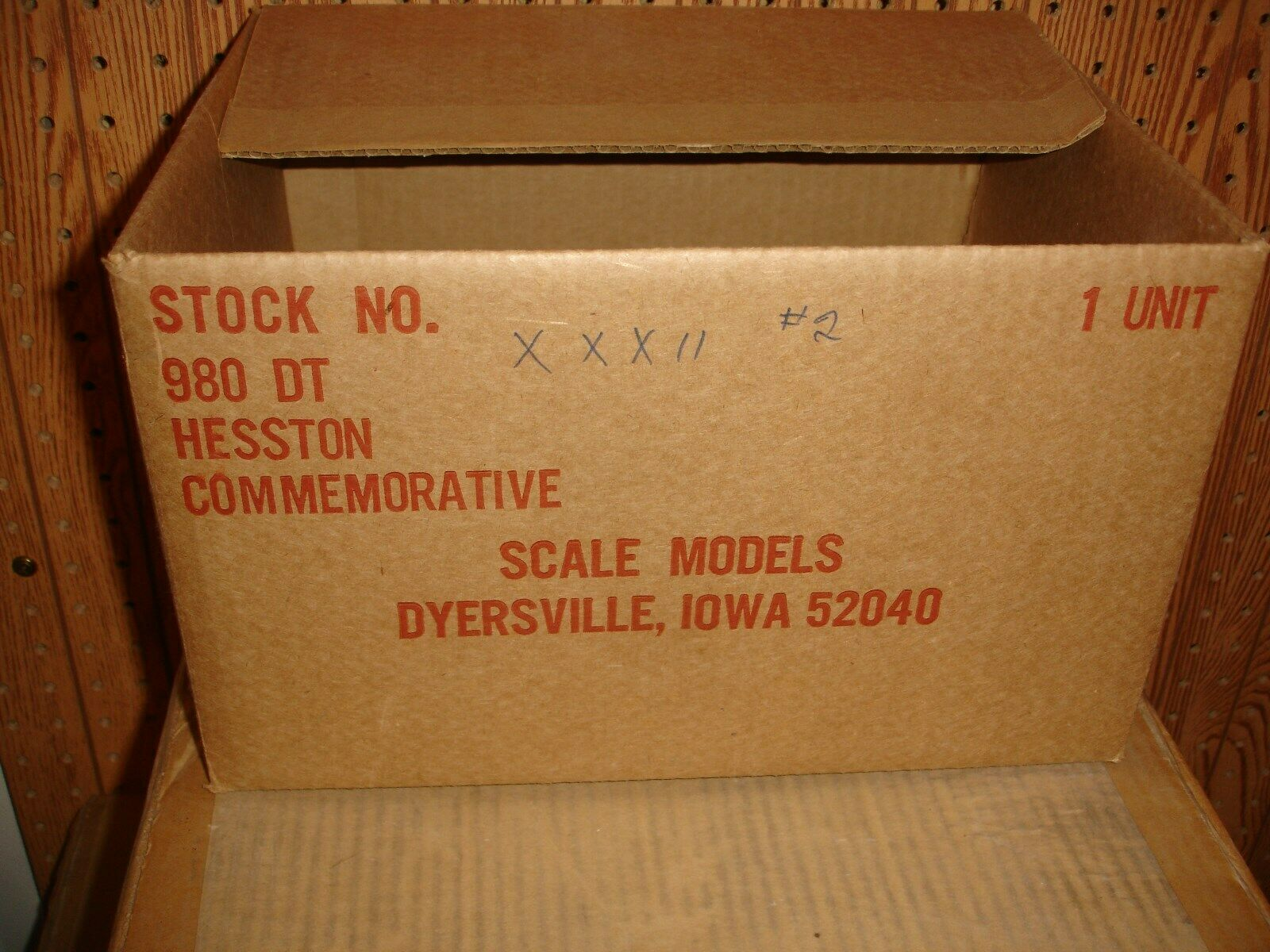 1 16 heston 980 with plaque and box