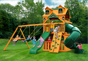 Home And Garden Malibu Extreme Clubhouse Swing Set Wave Slide Tube