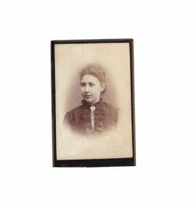 CDV-Foto-Damenportrait-Hannover-Hameln-1880er