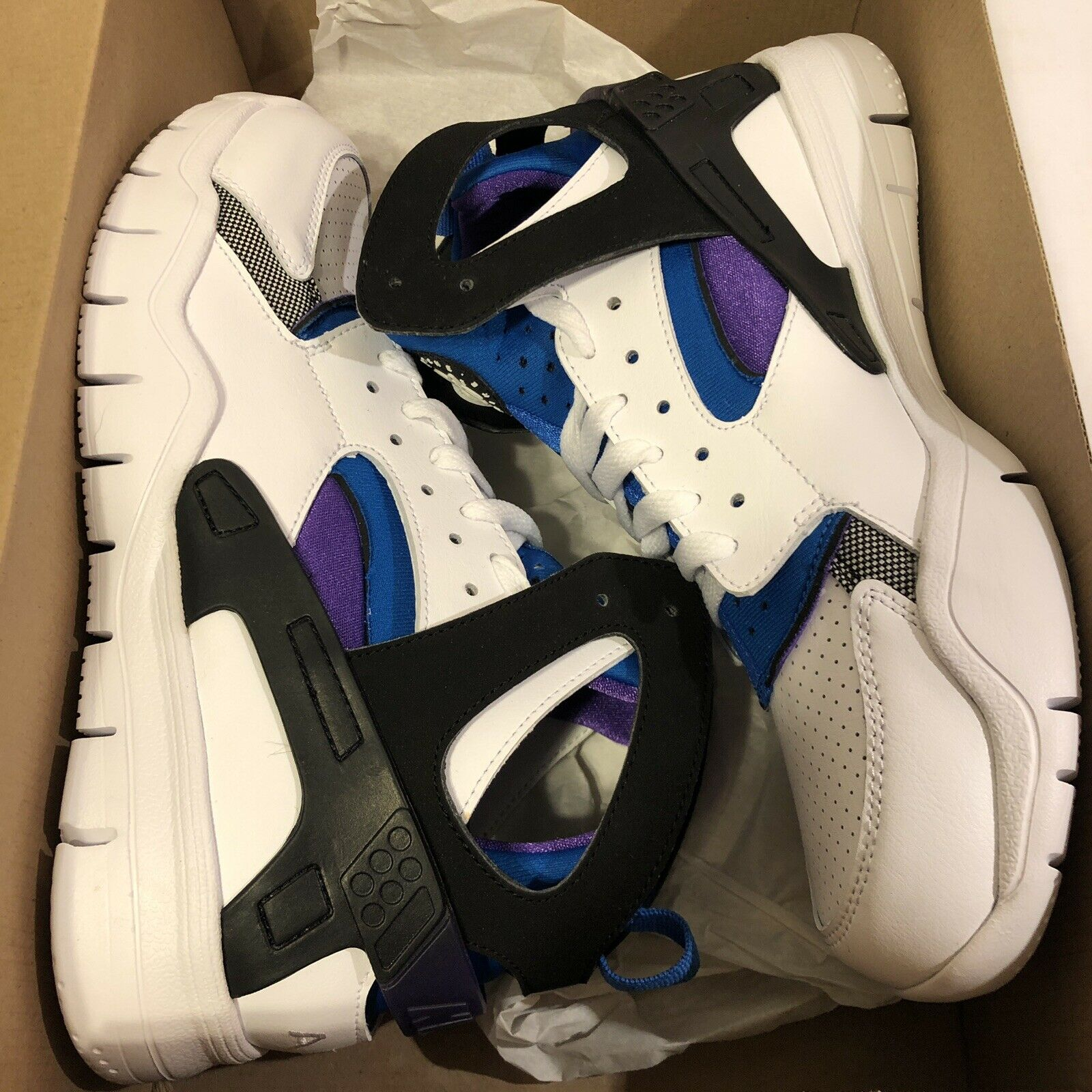NEW DS Nike Air Huarache Bball 2012 Qs - NEW - Men's Size 10 Retro Fab Five 5