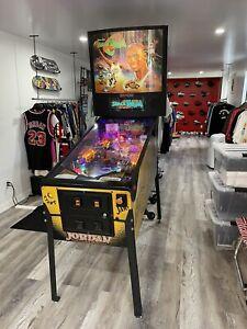 Sega Space Jam MICHAEL JORDAN Pinball ! Great Game !
