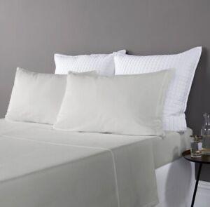Christy-Highgate-unico-conjunto-edredon-gris-claro