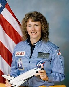 NASA-Space-Shuttle-Sharon-Christa-McAuliffe-8-x-10-GLOSSY-Photo-Picture