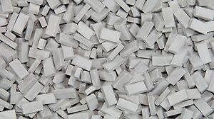 1-35-Escala-Ladrillos-gris-claro-aprox-500