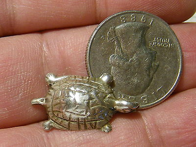 Solid 800 Silver Vintage Turtle Pin 25x14mm 2.7g