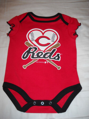 NWT Cincinnati Reds Baby Girls/' 3-Piece Creeper Set 0//3 OR 6//9 mo