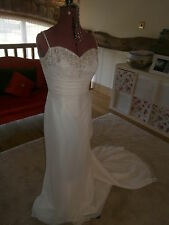 BEAUTIFUL FITTED ELEGANT IVORY WEDDING DRESS S 14 CHIFFON WITH DETAIL TO BUST