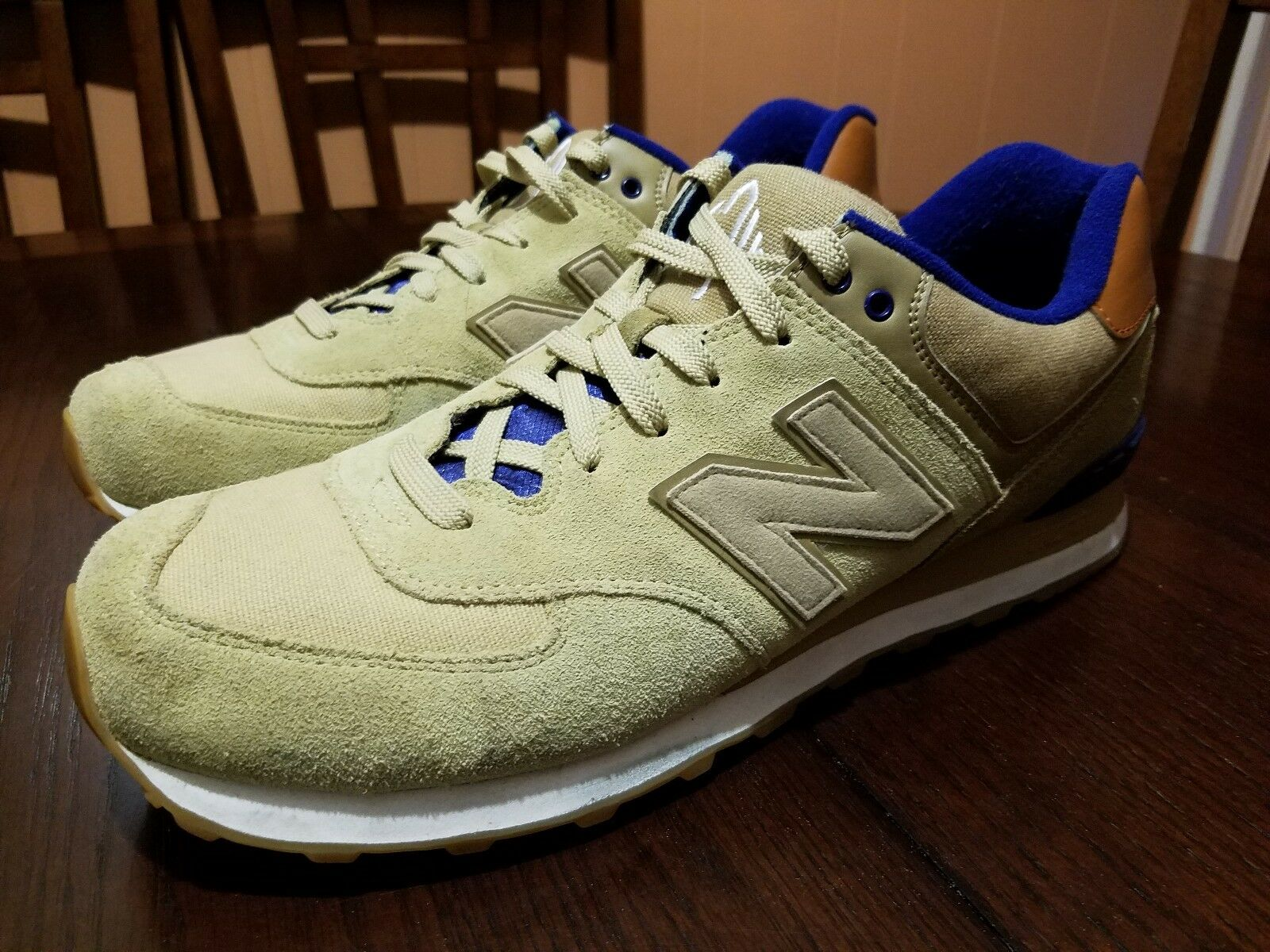 New Balance Men Beige, Tan, bluee, Suede Casual Athletic shoes Size 13 ML574NED