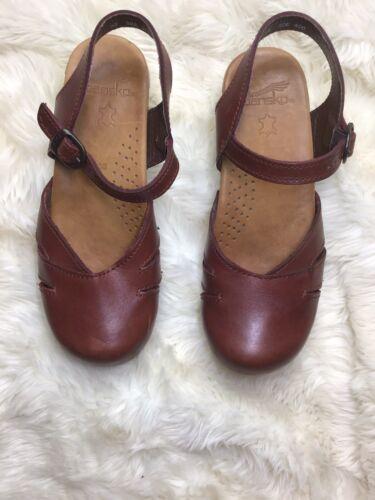 Dansko Womens 38 Brown Leather Sandal