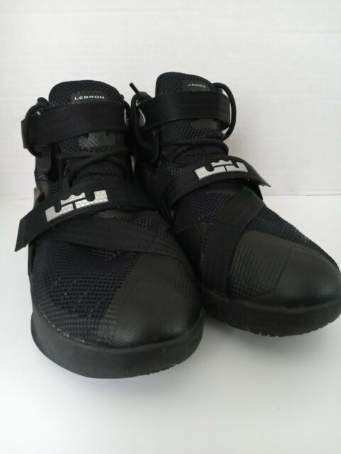 Nike LeBron Soldier 9 IX 776471-001 Black Basketball Shoes Youth US Size 6Y