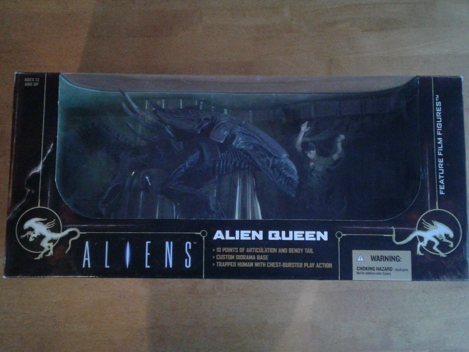 McFarlane NEW ALIENS - ALIEN QUEEN vs RIPLEY - Deluxe Box Set - 2003