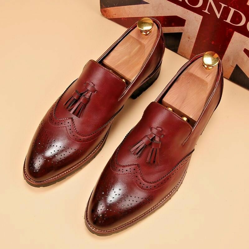 Men shoes  leather formal clothes real lea leather wingtip  new branded