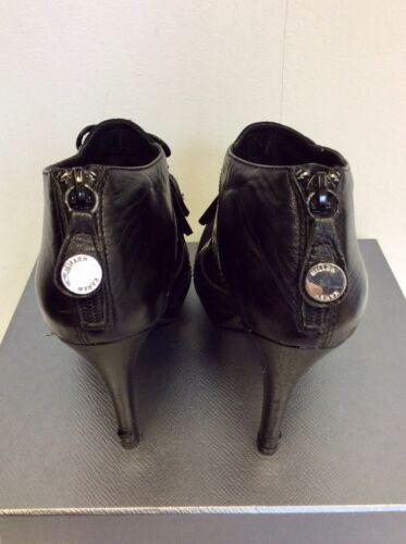 con laterale finitura Karen Millen scamosciata con Scarpe scamosciata Taglia nera e pelle 5 nappata tacco in in pelle pelle qEfEYwC