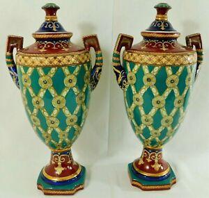 Large-Pair-Antique-Vtg-18-034-SIGNED-Chinese-Fleur-De-Lis-Porcelain-Urn-Vases