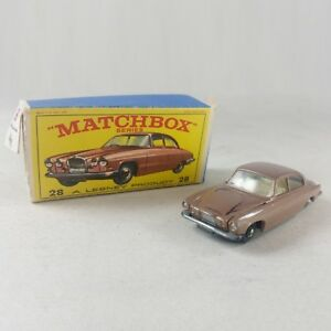 Matchbox-series-A-Lesney-Product-N-28-Jaguar-MK-Mark-10-with-original-box