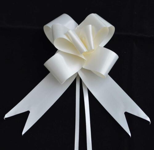40 x 30 mm Ivoire Large Pull Bow Rubans de Fleuriste voiture Anniversaire Cadeau Décorations