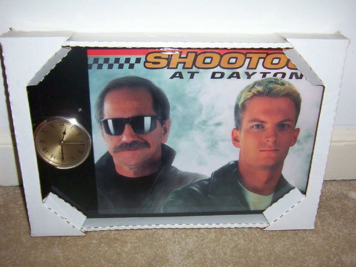 RARE 2001 Dale Jr-Dale Sr 2001 fusillade à Dayton Horloge