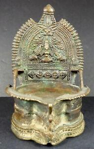 ORIGINAL-BRONZE-OIL-LAMP-REPRESENTING-GODDESS-GAJA-LAKSHMI-INDIA-19th-CENTURY