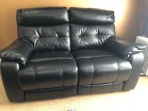 Peachy Details About 2 Seater Black Leather Sofa Electric Recliner Dfs Half Price Creativecarmelina Interior Chair Design Creativecarmelinacom