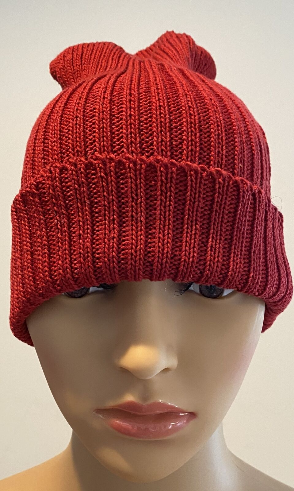 PATRICIA UNDERWOOD KNITS red ribbed beanie hat  - image 1