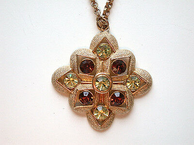SALE 9.99..STATEMENT RUNWAY signed Sarah Coventry vintage bib necklace