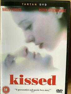 Kissed-DVD-1996-Molly-Parker-Canadiense-Mortician-Necrofilia-Drama-Raro