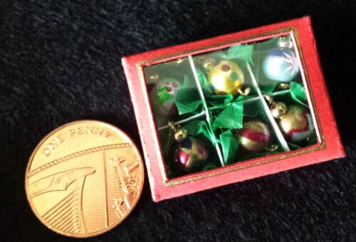 1:12 Painted Miniature Christmas Tree Baubles Ornament Doll House in box 3 sets