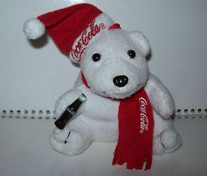 COCA-COLA-EISBAR-Pluesch-Stofftier-Roter-Schal-Feiertage-Weihnachten