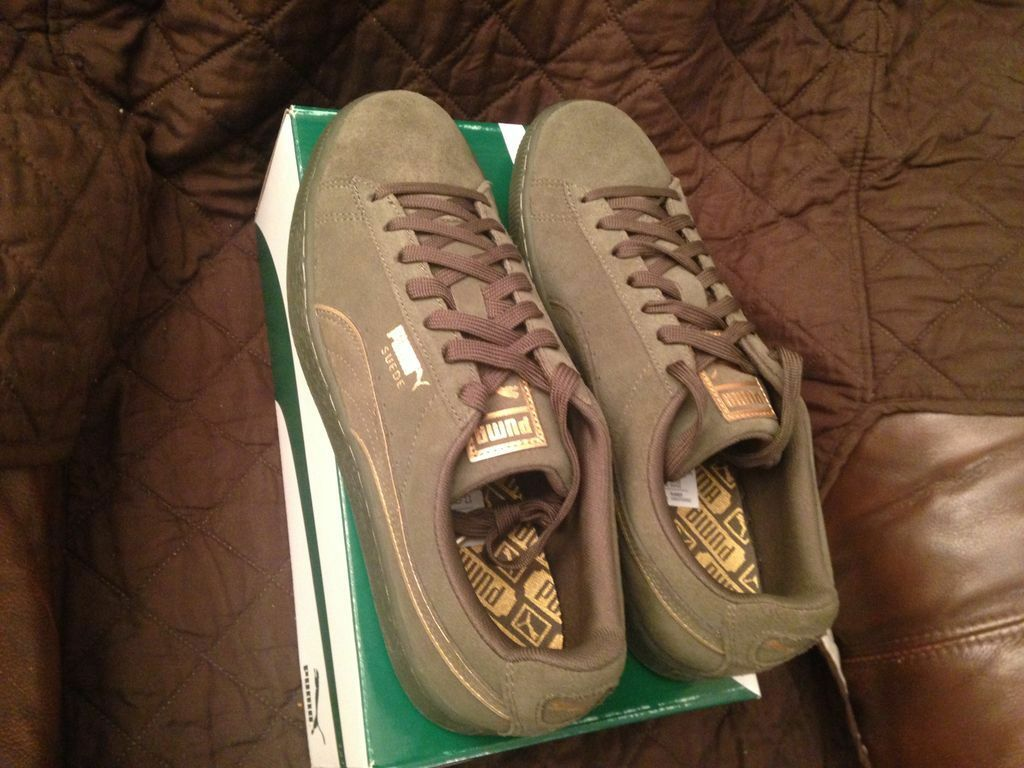 Puma Mens Size 9-Suede Foil FS Olive Night gold Sneaker,New In Box..
